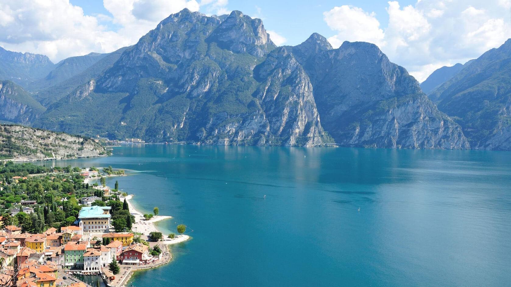 жизнь италия фото озера гарда й стрейтс сторону