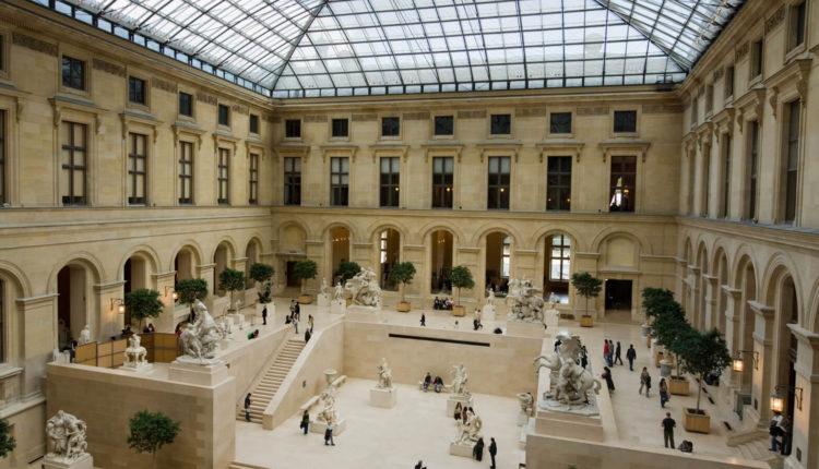 muzei luvra v parizhe