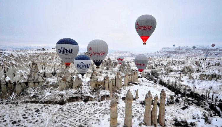 Hot Air Ballooning Four Seasons in Cappadocia