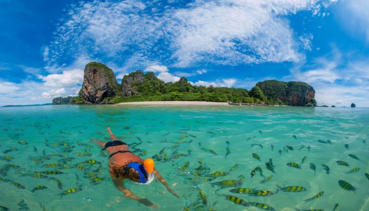 Koh-Phi-Phi-Thailand-Exotic-fishes-ocean-blue-water-diving-rocks-from-limestone-dense-mangrove-forest-beaches-sky-white-clouds-Wallpaper-Hd-for-Desktop-3840×2400-1920×1080