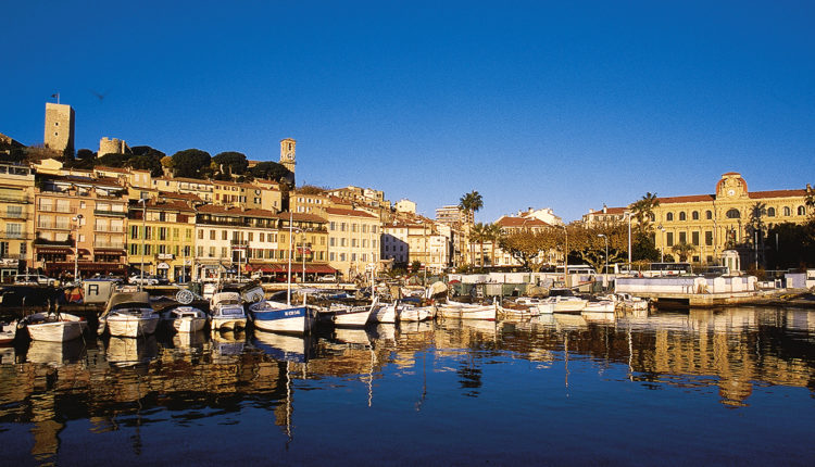 World___France_Boats_moored_in_Cannes__France_071837_[1]