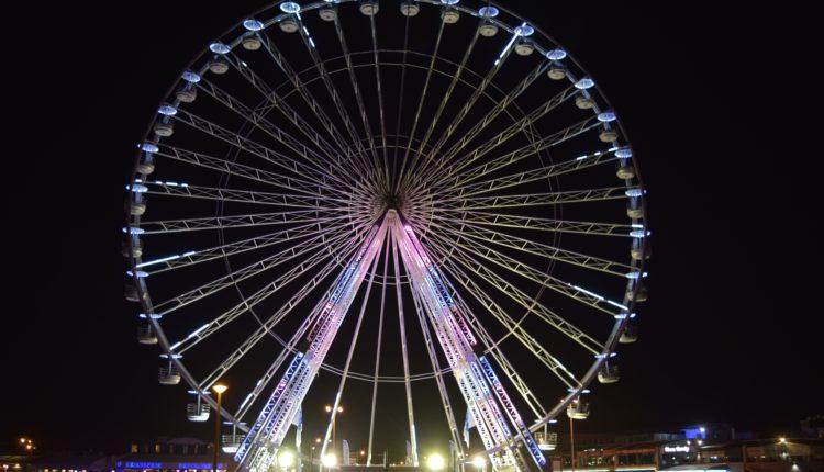 recreation-ferris-wheel-festival-tourist-attraction-marseille-fair-outdoor-recreation-geographical-feature-596530[1]
