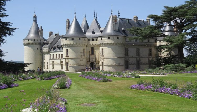 castle-2191740_1920_1280x852[1]